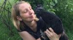 На Запорожье немец занимается фермерством и выращивает черных и синих кур