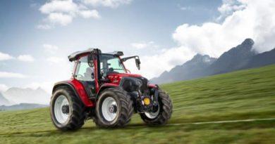 Найкращим компактним трактором став Lindner Lintrac 130